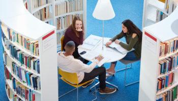 IDA studerende i gruppearbejde